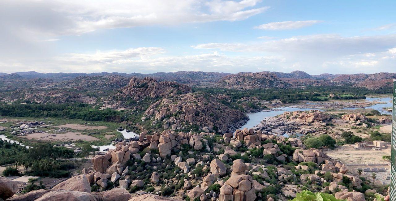 Maleta Moulsoff travel views